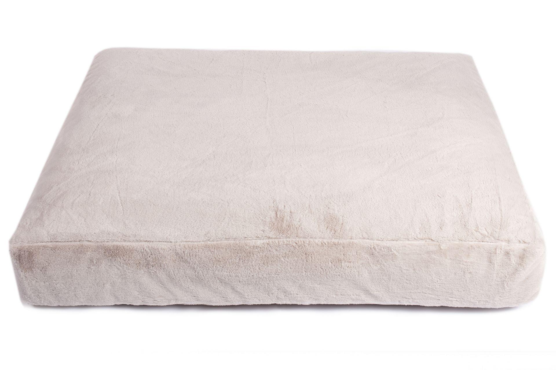 Wau-Sleep Mr. Grey