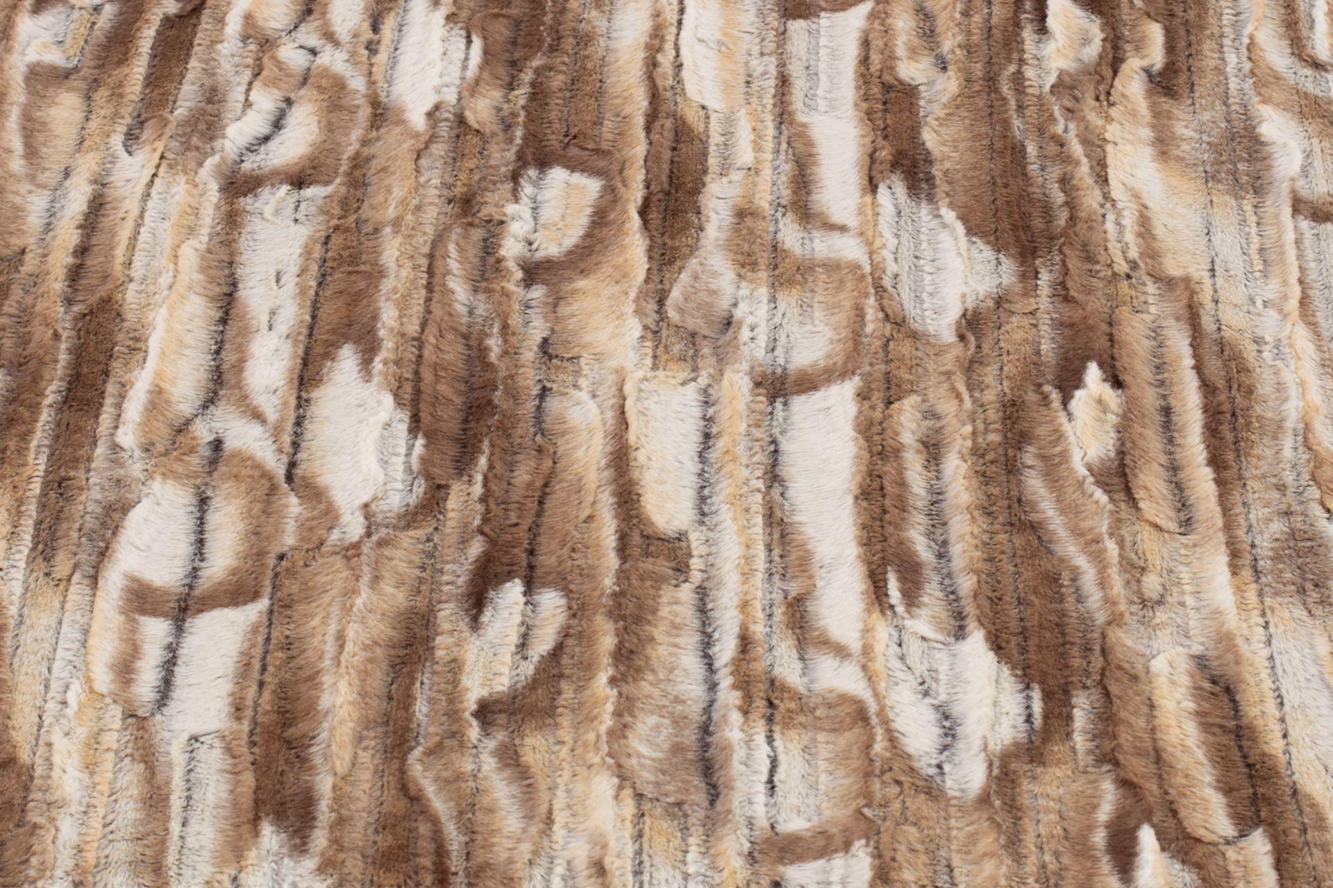 Wau-Blanket Camel