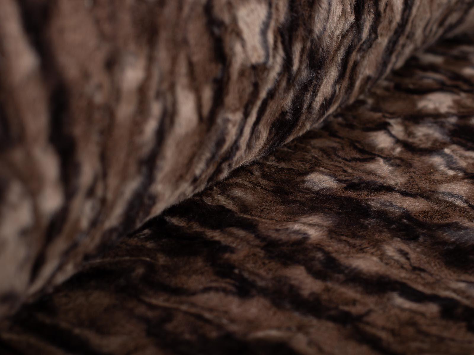 Wau-Floor Grizzlybär